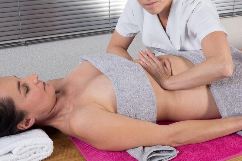 Drenagem linfática manual: cuidados com o pós-operatório da lipo